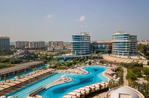 هتل بایا لارا